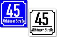 Hausnummernschild mit Straßennamen und Trennstrich Klasischer Rahmen