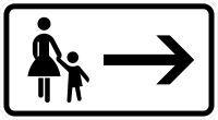 VZ 1000-22 Fußgänger Gehweg gegenüber benutzen, rechtsweisend