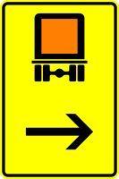 VZ 422-22 Wegweiser für kennzeichnungspflichtige Fahrzeuge mit gefährlichen Gütern, hier rechts
